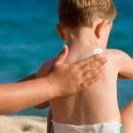 Kem chống nắng trẻ em loại nào tốt nhất hiện nay ?